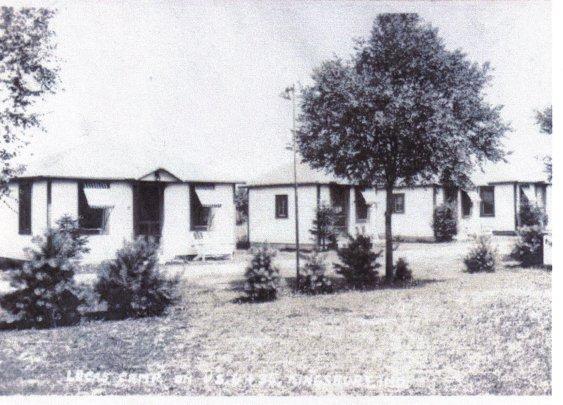 Lucas Camp Motel