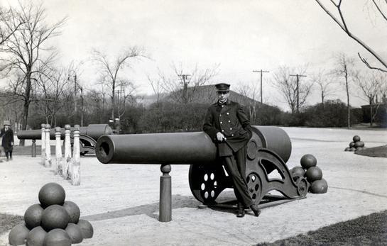 1910 Cannon in Washington Park