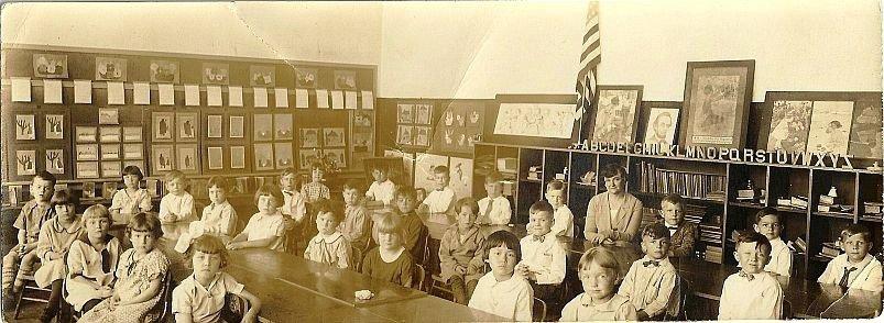circa 1925