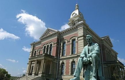 Wabash Indiana Courthouse W Lincoln Statue